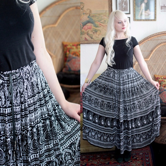 2f082f6d1 Vintage Indian gauze boho maxi skirt. M_5a4d9bda72ea881eca03e864